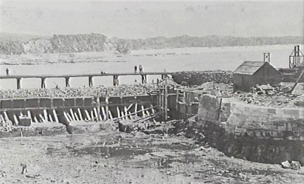 Wollongong Harbour 1860 c
