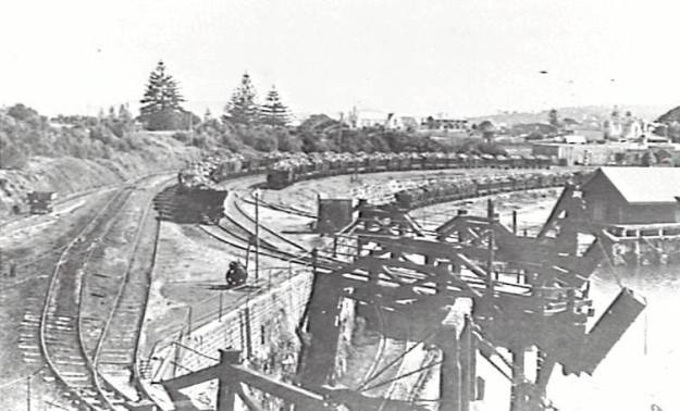 Wollongong Harbour 1880's a