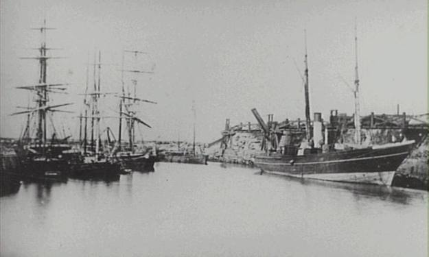 Wollongong Harbour 1880's c