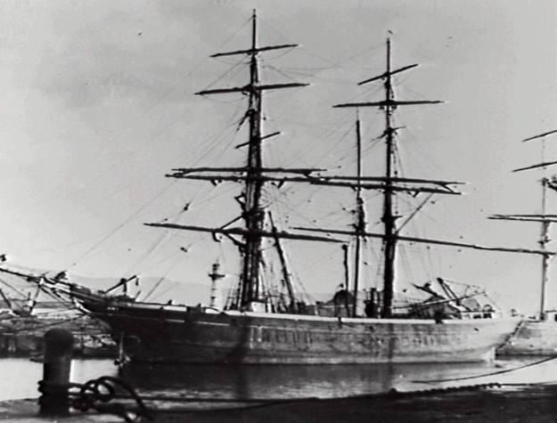 Wollongong Harbour 1880's