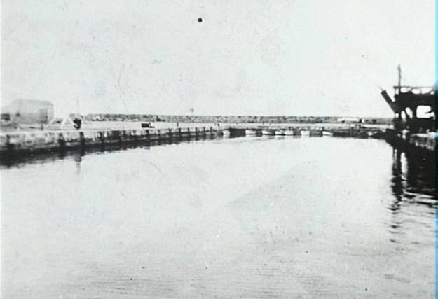 Wollongong Harbour 1920 2